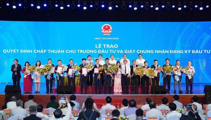 Nhà đầu tư cam kết rót 36.000 tỷ đồng vào Bình Định