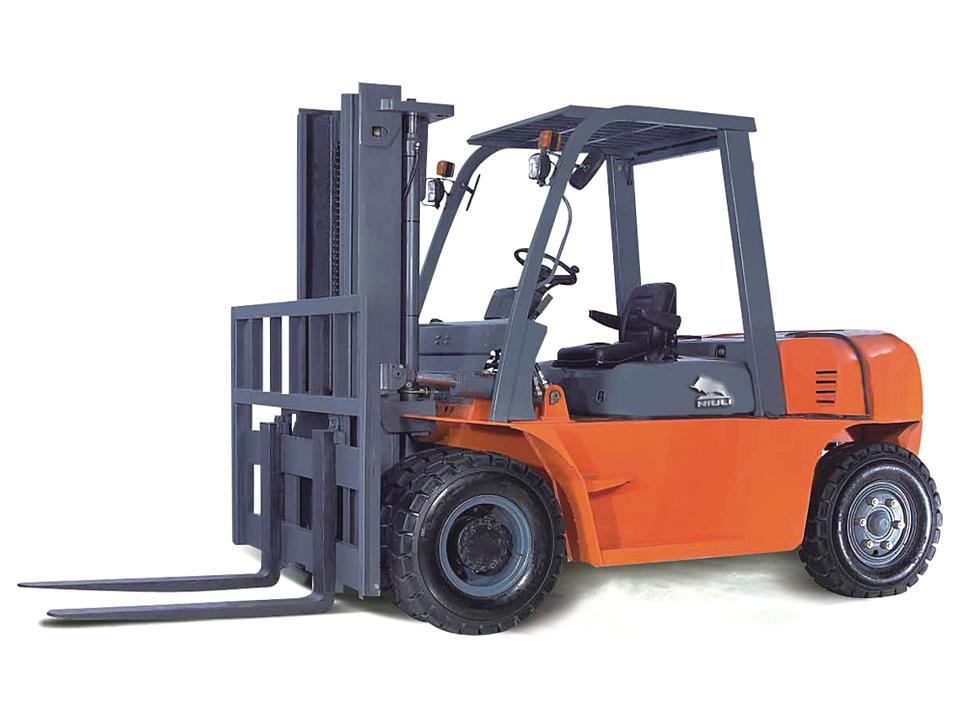 Xe Nâng Fork Lift Chạy Diesel 5 Tấn