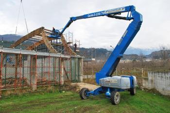 Xe nâng người boom lift Z135/70